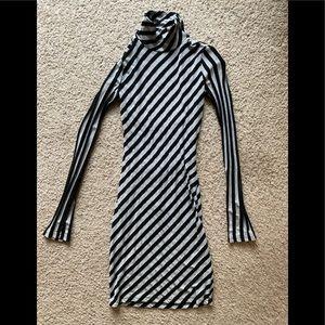 Sexy Turtleneck Open Back Dress